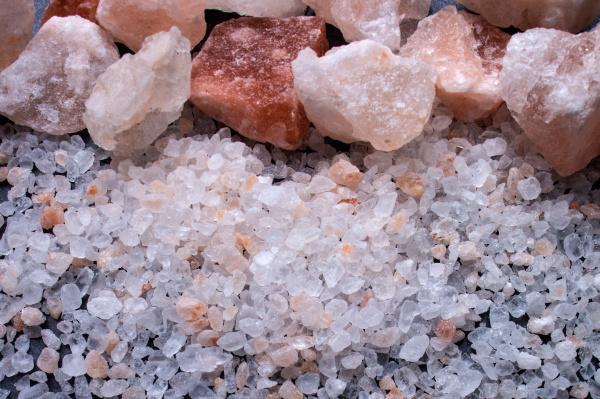 saltstykker og groft salt