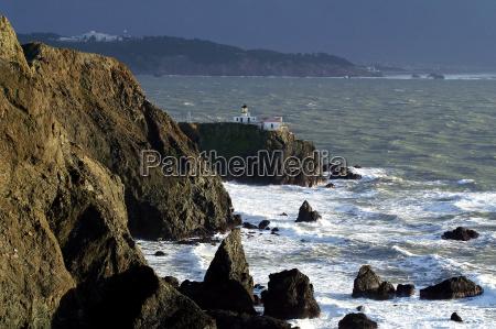 bolger kyst stormfuldt lighthouse storm vind