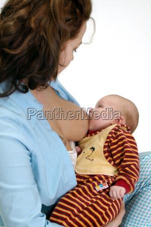 baby mens sugende