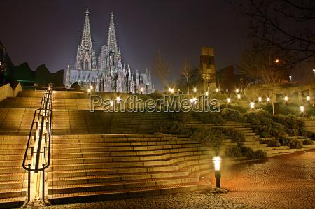 koeln katedral skridt