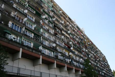 hus bygning hjem beboelsesbygning vindue udlaengsel