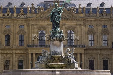 storico giro turistico fontana residenza segni