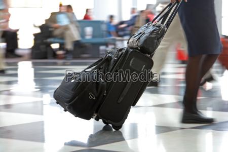 lufthavn terminal og rejsende