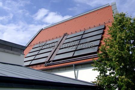 hus bygning solenergi solfanger