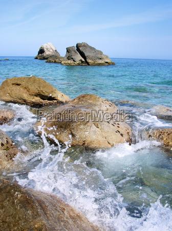bolger vand middelhavet saltvand havet sten