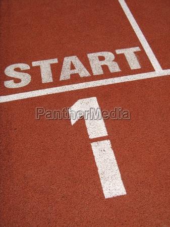 sport atletisk sportstraenet staerk muskulos senet