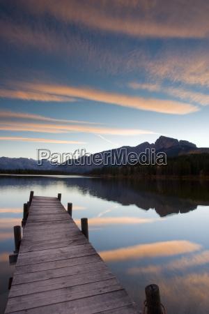 bjerge solnedgang aften spejling mellemstykke stille