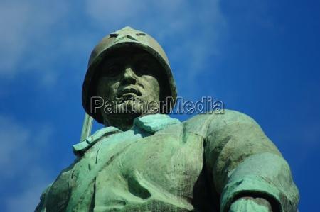 soldat i den sovjetiske memorial