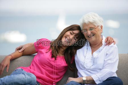 portræt, af, en, senior, kvinde, sidder - 2916181