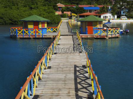 pier i havet lovebird bro providencia