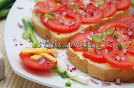 tomat pa brod