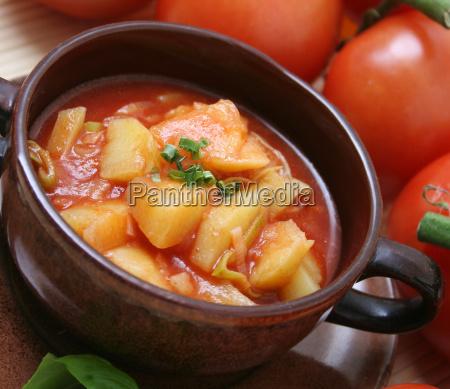 mad levnedsmiddel naeringsmiddel fodevare tomatsuppe starter