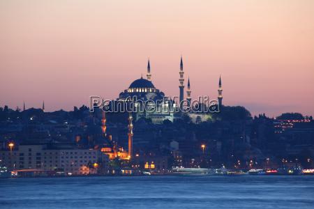 istanbul skyline om aftenen tyrkiet