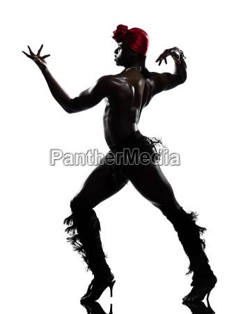 mand danser dans