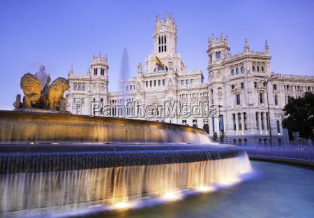 plaza de cibeles madryt hiszpania