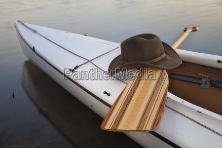 padle hat og kano