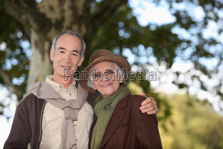 aeldre par at tage en tur