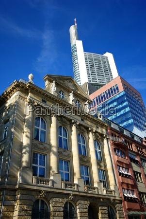 pengeinstitut bank frankfurt storby stil af
