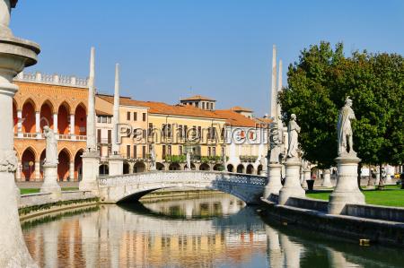 park antik stil af byggeri arkitektur