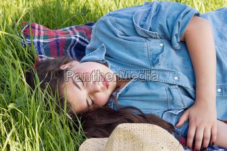 sommer sommerlig udendorsoptagelse forar var sovn