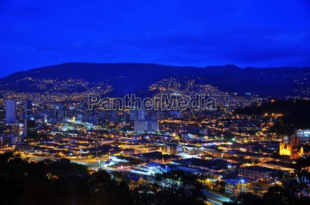 medellin colombia at night