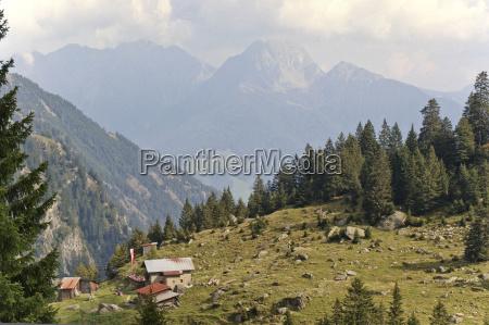 alper vandretur vandre sydtyrol vandringsmand landskab