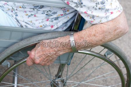 kvinde hand haender dame hjaelp lady
