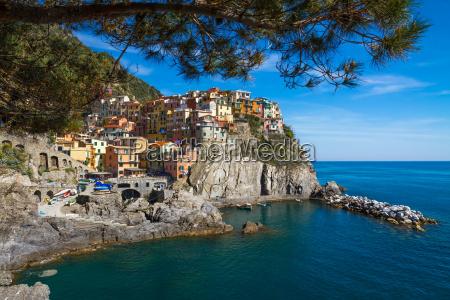 village of manarola cinque terre italien