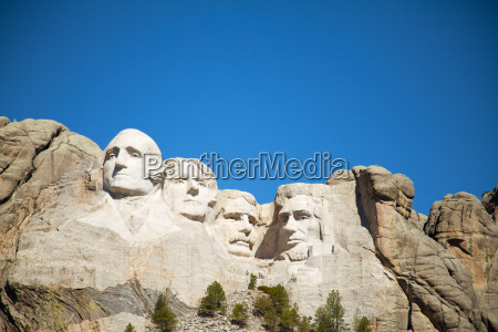tur rejse mindesmaerke monument kultur beromt