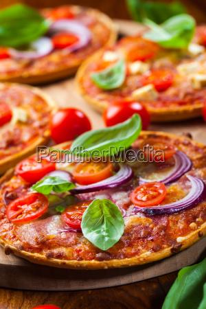 pizza - 8363399