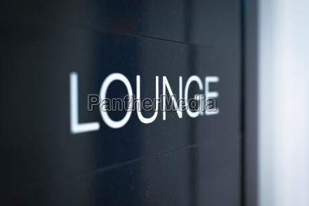 sort tegn til lounge vaerelse i