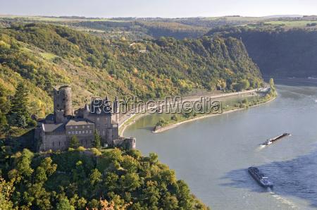 rhinen rheingau castle slot