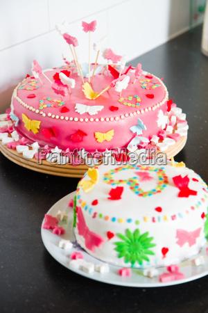 laekker farverig dekoreret hvid og pink