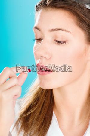 kvinde sundhed helbredes laeges heles rusmiddel