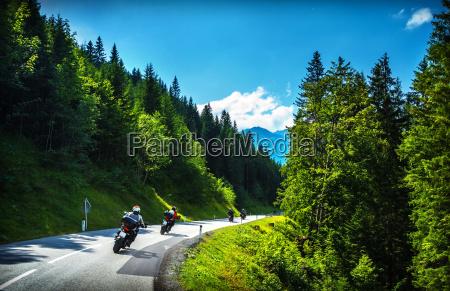 bikers i bjergrige tur