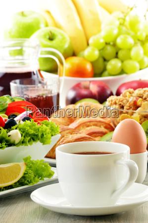 breakfast, with, coffee, , juice, , croissant, , salad, - 10299647
