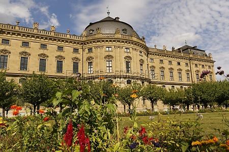 residence e cortile giardino wuerzburg bassa