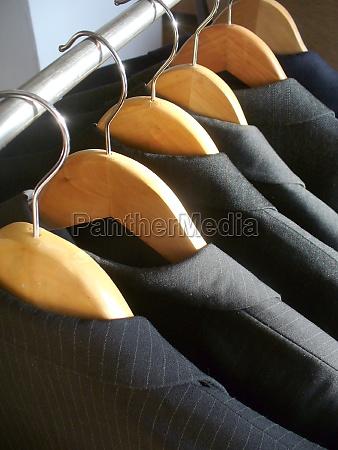 raekke af maends jakkesaet jakker