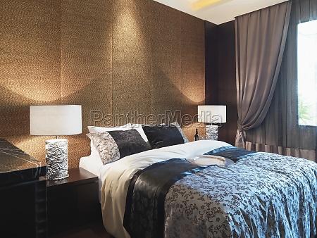 textured vaeggen bag sengen