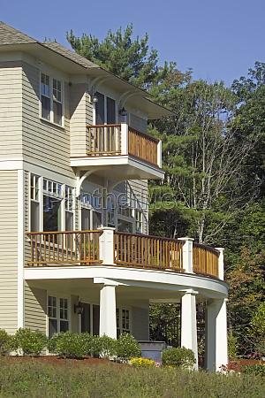 balkon af en enkelt familie hjem