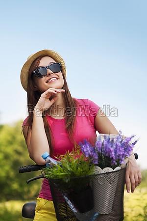 portræt, af, smuk, ung, kvinde, med - 12109532