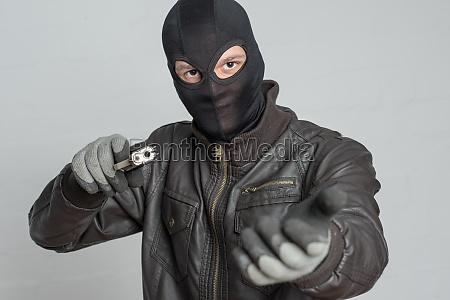 tyverialarmer, truende, med, våben - 12119394