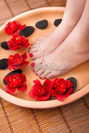 kvindelige feet kom aroma therapy