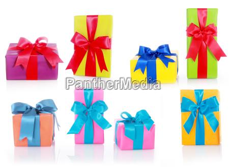 assorterede storrelser og farver gaveaesker