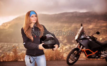 smukke biker pige