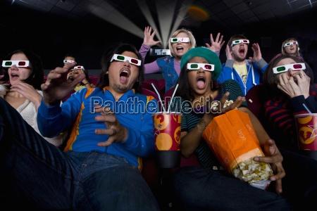 movie publikum i 3d briller gor