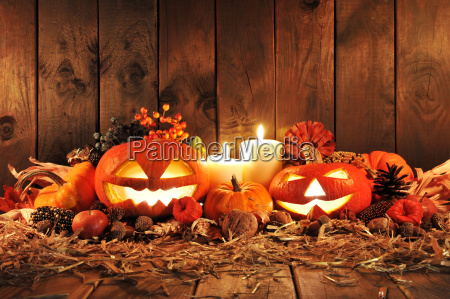 stearinlys lys halloween allehelgensaften halm graeskar