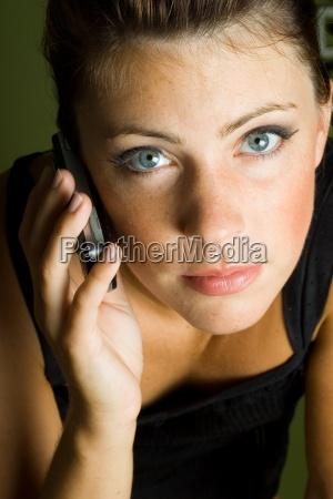 kvinde telefon mobil mobiltelefon kaukasisk europid