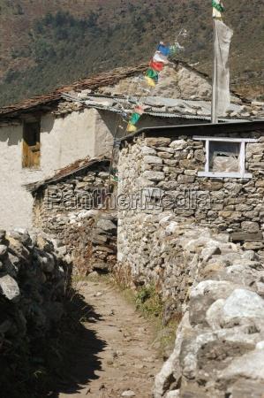 enkel beboelse af sherpa i himalaya