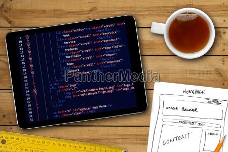 hjemmeside wireframe skitse og programmering kode